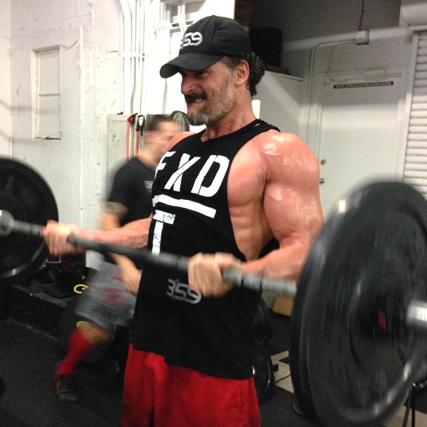 Joe manganiello s magic mike xxl body is ridiculous see the photos