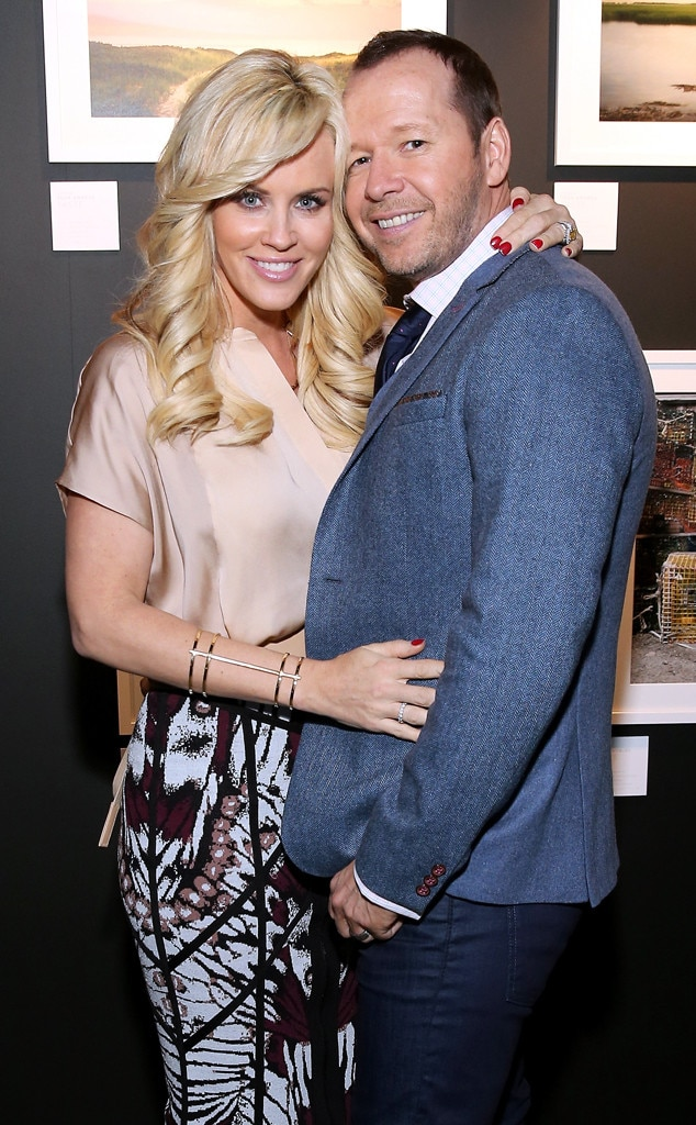 newlyweds donnie wahlberg and jenny mccarthy land reality