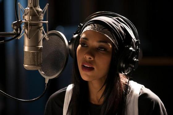 Aaliyah Movie, Twitter