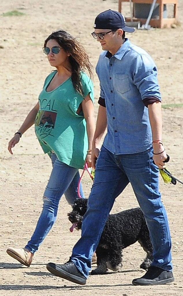 Süß! Mila Kunis & Ashton knutschen auf der Straße ...
