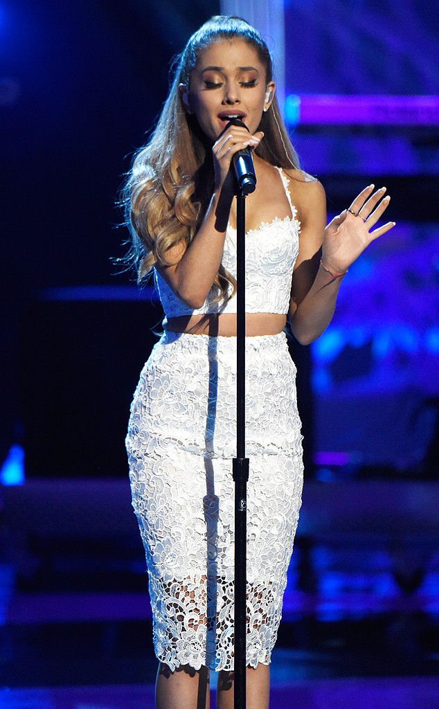 Ariana Grande, Stand Up To Cancer