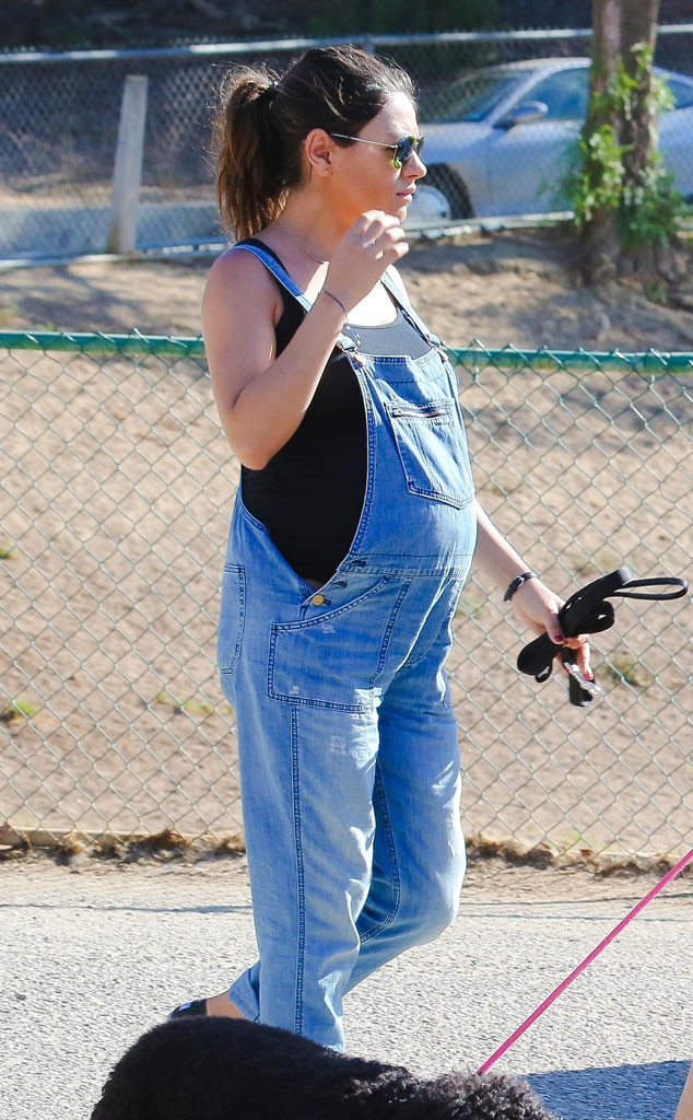Overalls Or Bust From Mila Kunis Pregnancy Style E News