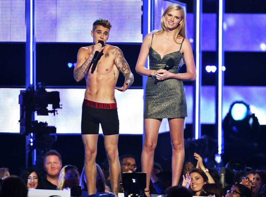 Justin Bieber, Laura Stone
