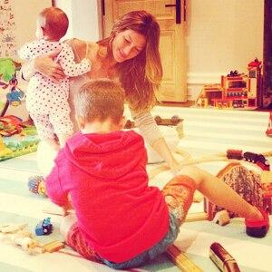 Gisele's Life as a Hot Mom