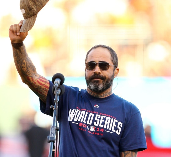 staind singer aaron lewis apologizes for botching national anthem before game 5 of the world. Black Bedroom Furniture Sets. Home Design Ideas