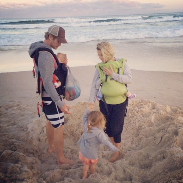 Chris Hemsworth And Baby Twins