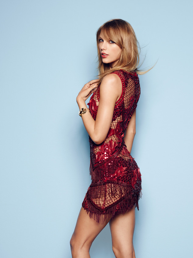 Oscars Auto Sales >> Taylor Swift Sizzles in Next-to-Nude Beaded Gown, Reveals What She's Really Attracted to Now in ...