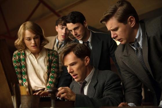 Keira Knightley, Matthew Beard, Matthew Goode, Benedict Cumberbatch, and Allen Leech