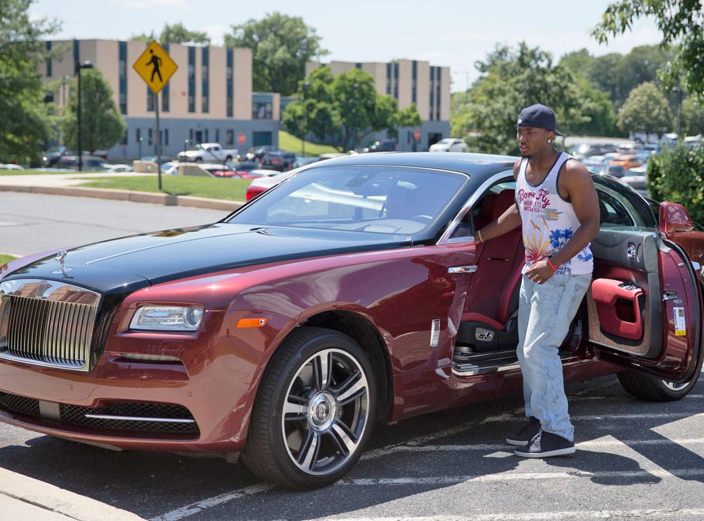 Lesean Mccoy From Stars And Their Cars E News