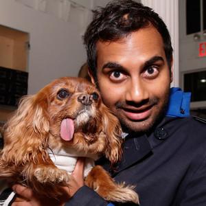 Aziz Ansari, Dog