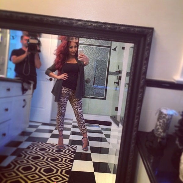 Wow! Snooki Shows Off Super-Skinny Body Just 12 Days After ...