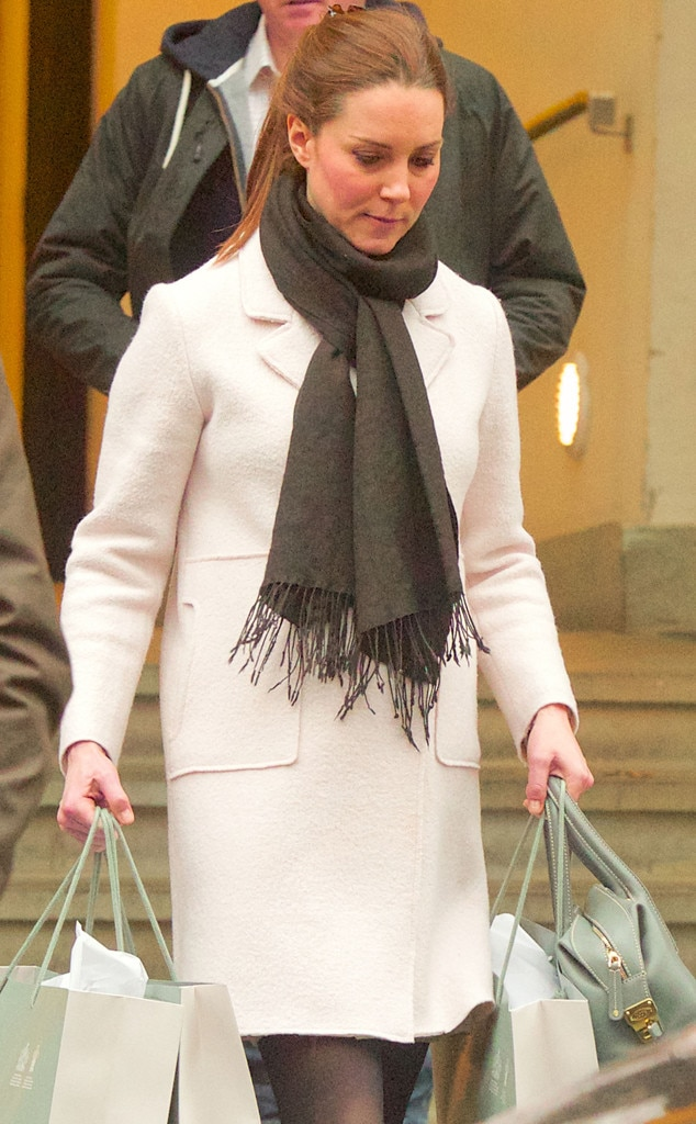 Pregnant Kate Middleton Is A Natural Beauty As She