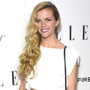 Brooklyn Decker News, Pictures, and Videos | E! News Canada