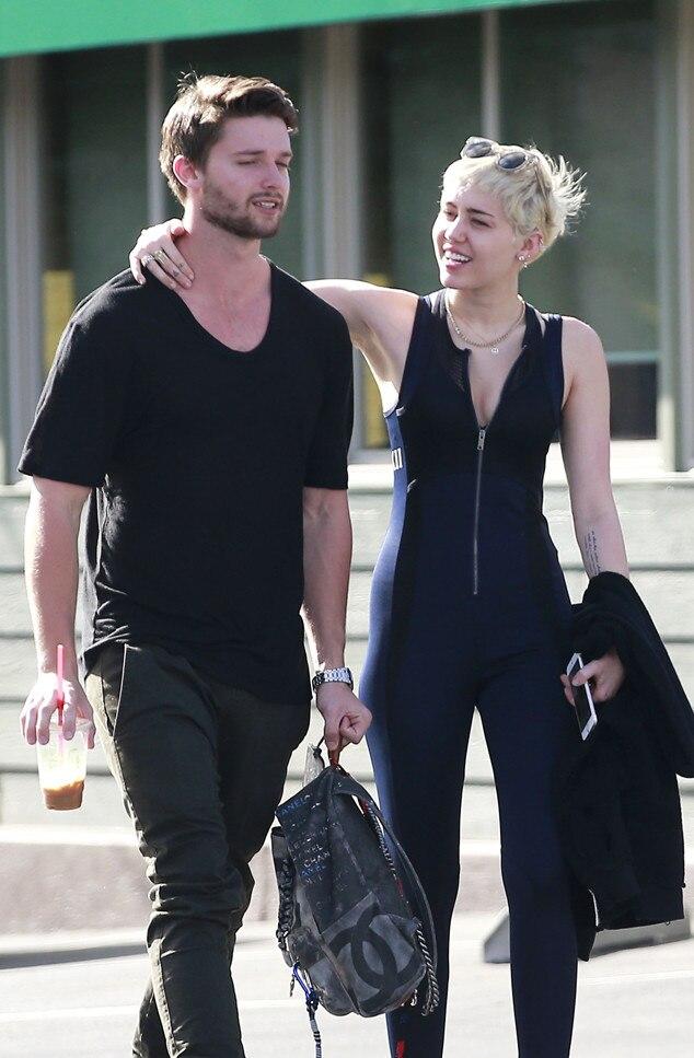 Miley Cyrus unterstützt ihren Freund Patrick ...