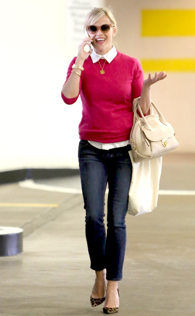 Pink Prepster From Reese Witherspoon 39 S Street Style E News