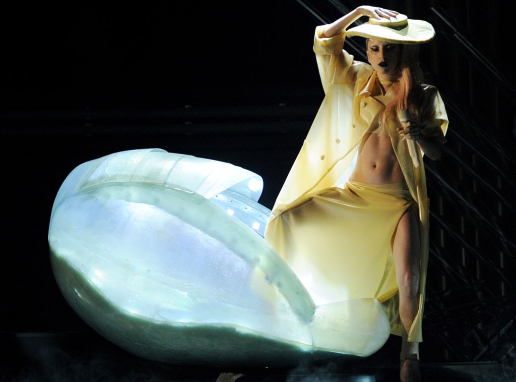 Grammys Throwback, Lady Gaga 2011, Shocking Grammys Moments