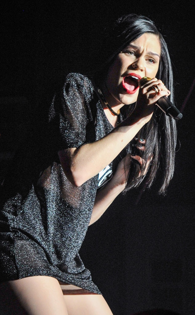 Jessie J Laughs Off Reports She'll Never Sing Live Again ...