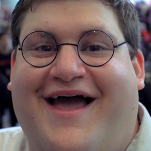 Real Life Peter Griffin Goes To NYCC 2014