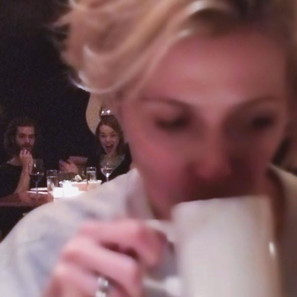 Emma Stone, Andrew Garfield, Photobomb, Instagram