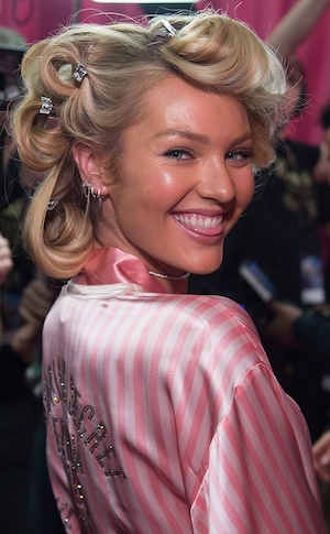Candice Swanepoel, Victoria's Secret Fashion Show, Backstage