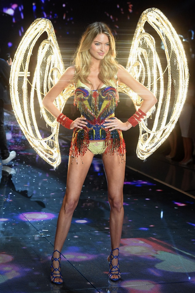 Martha Hunt, Victoria's Secret Fashion Show Runway