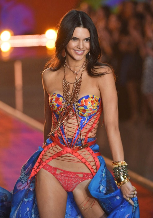 Kendall Jenner, Victoria's Secret Fashion Show Runway