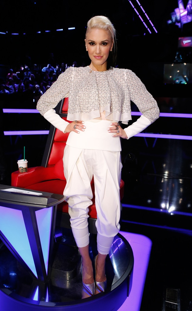 Dynamite in White from Gwen Stefani's The Voice Looks | E ...