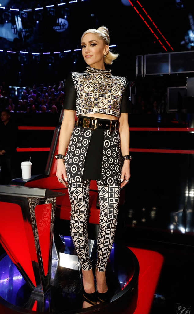 Textured Tribute From Gwen Stefani S The Voice Looks E News