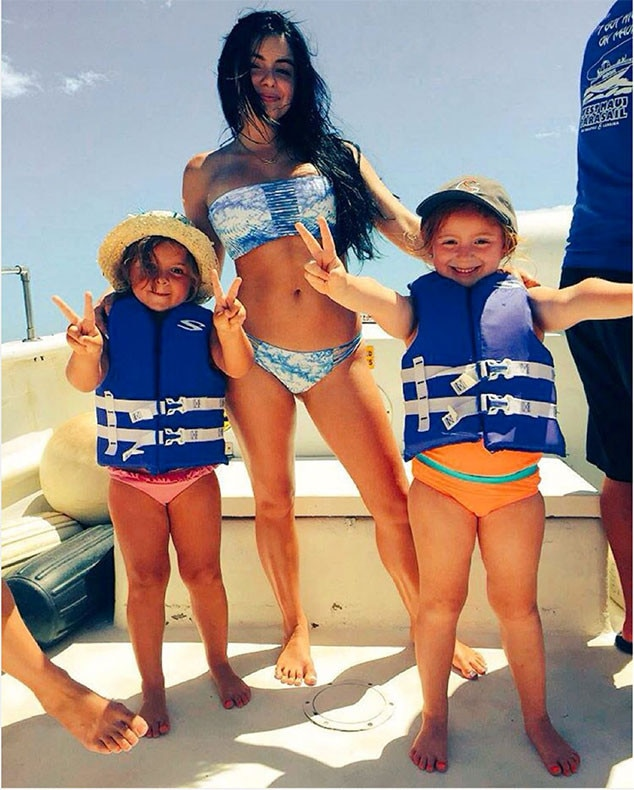 Ariel Winter Fires Back at Bikini Pic Haters Who Say ''She Is Asking