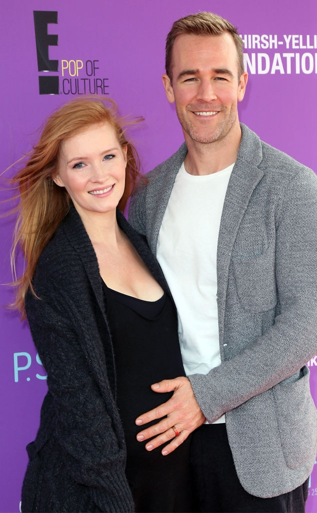 James Van Der Beek Rubs Wife Kimberly's Growing Baby Bump ...