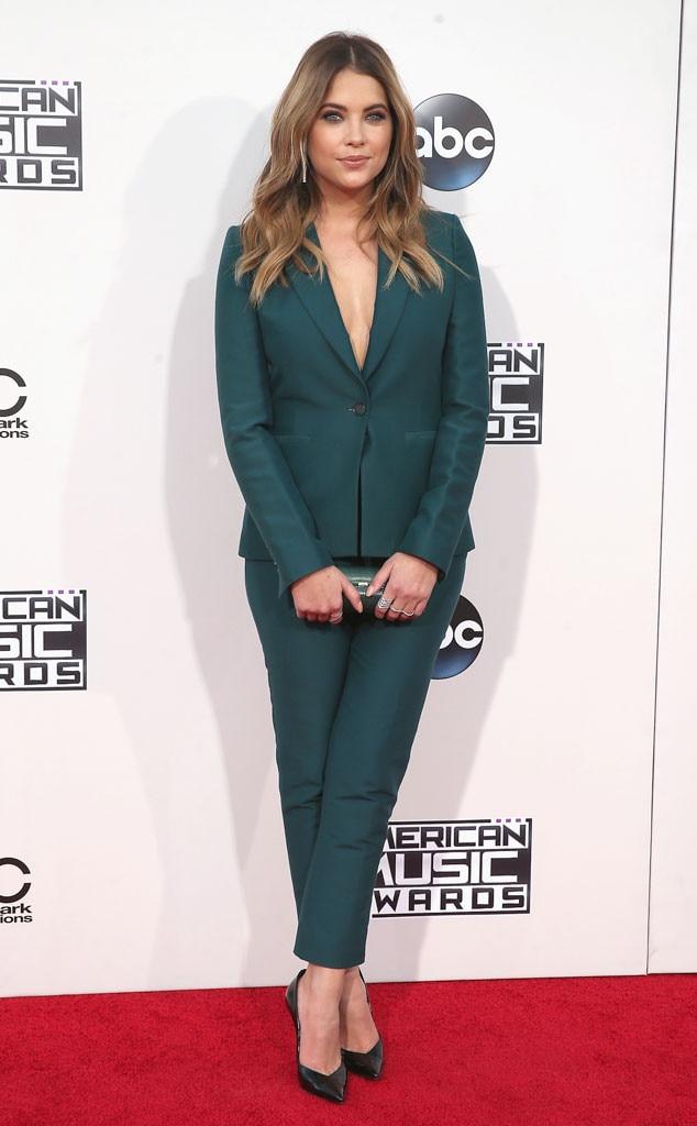 Ashley Benson, 2015 American Music Awards