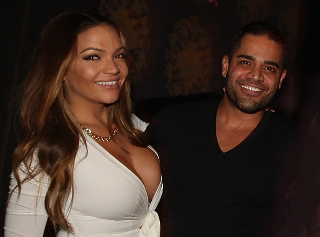 Jessica Parido, Mike Shouhed