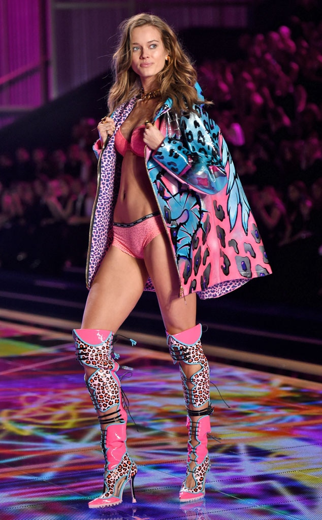 Jac Jagaciak, Victoria's Secret Fashion Show