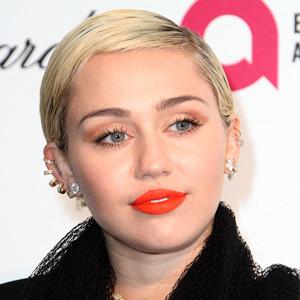 ESC, Miley Cyrus, Sagittarius