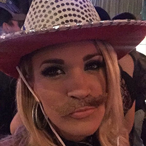 Carrie Underwood, Mustache, After 2015 CMA Awards