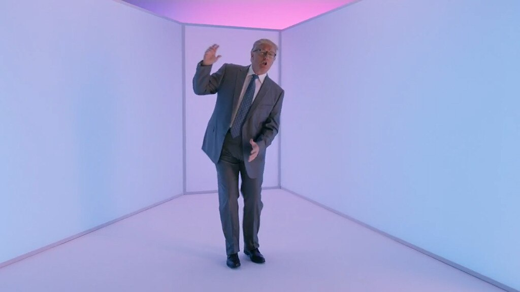 Donald Trump, Drake Hotline Bling Video Parody, SNL, Cameo's