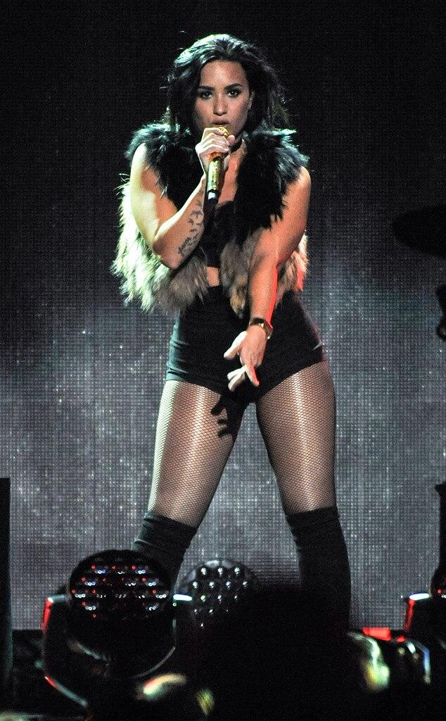 Demi Lovato, iHeartRadio Jingle Ball