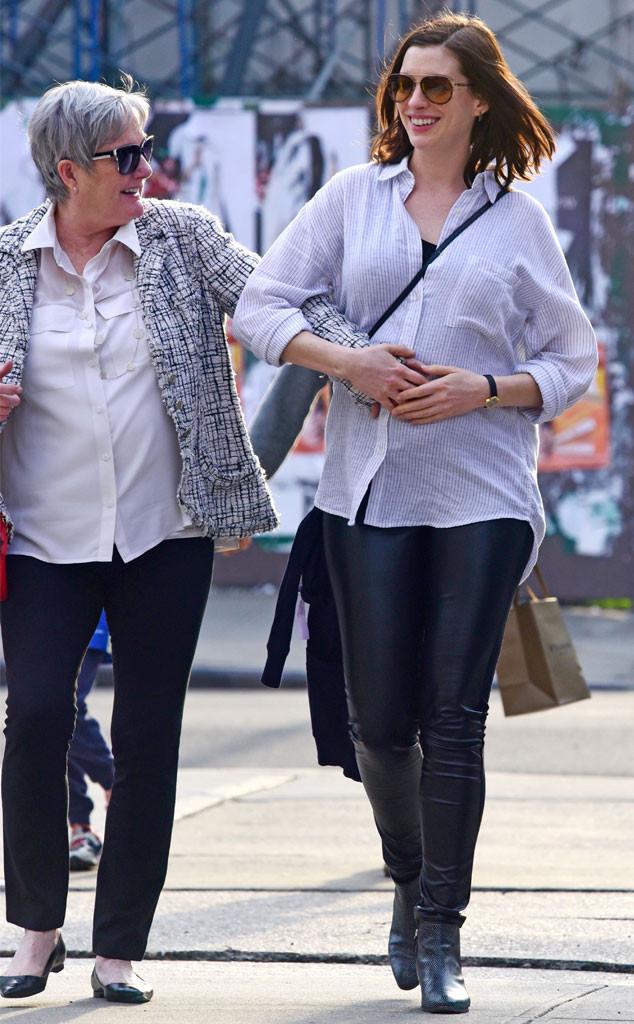 Anne Hathaway, Kate Hathaway
