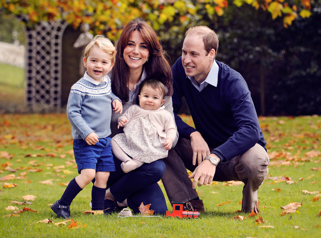 Kate Middleton, Prince William, Prince George, Princess Charlotte, Christmas Card, 2015