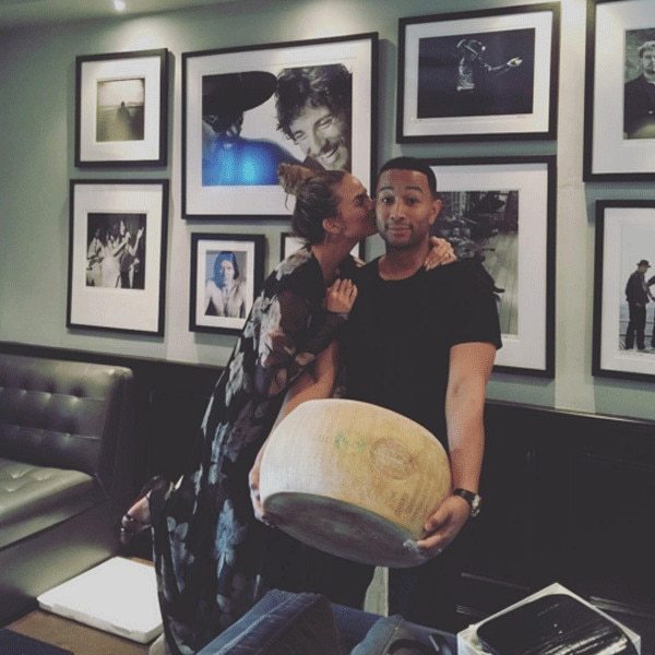 Chrissy Teigen, John Legend, Instagram