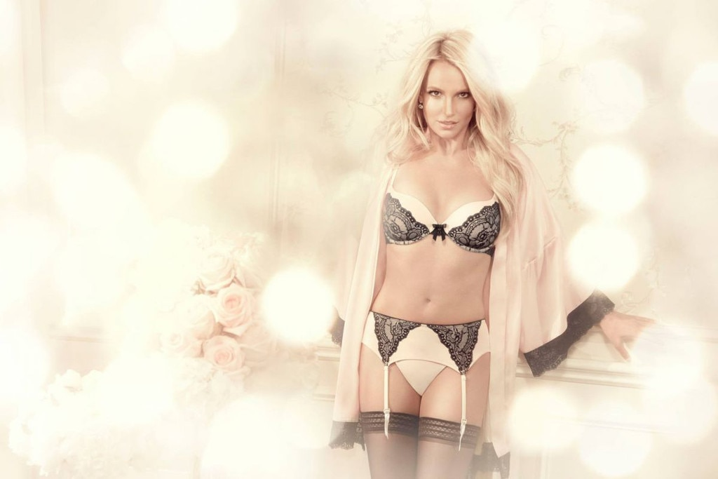 Britney Spears, Intimate Collection