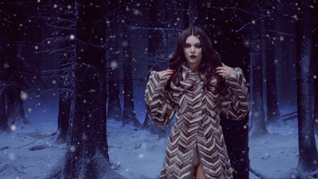 Kendall Jenner, Love Advent Calendar 2015