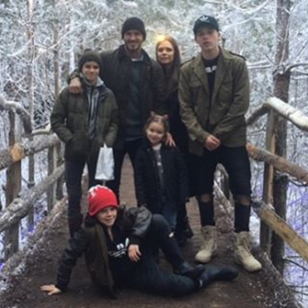 Victoria Beckham, David Beckham, Cruz, Romeo, Brooklyn, Harper, Christmas