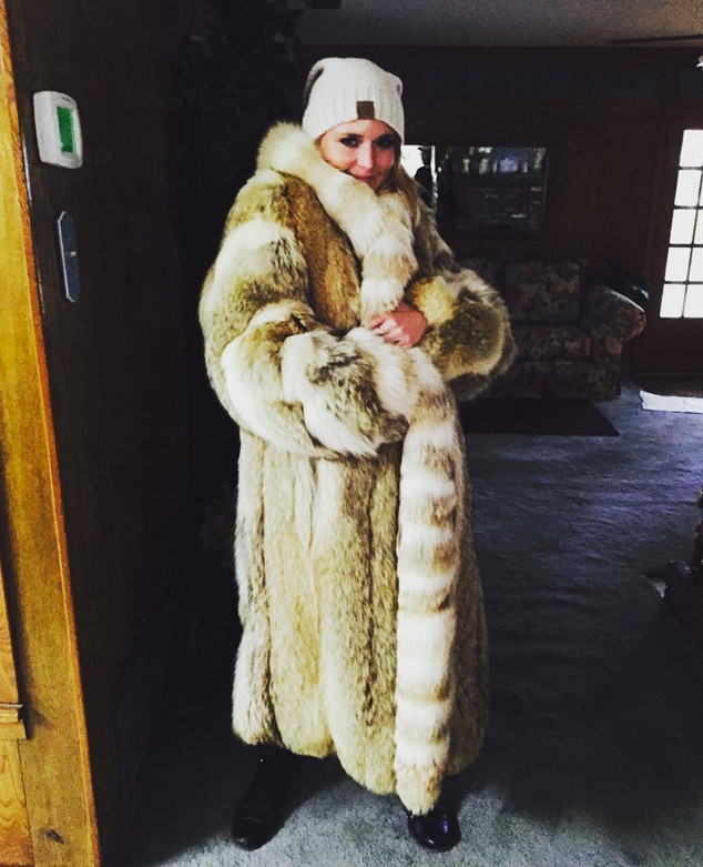 Miranda Lambert, Fur Coat, Christmas 2015