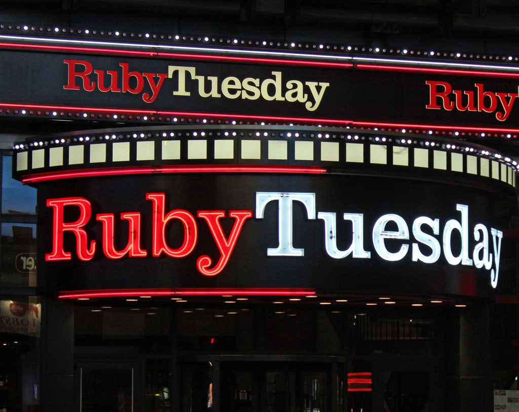Ruby Tuesday In Times Square Wants To Charge You 1 699 To