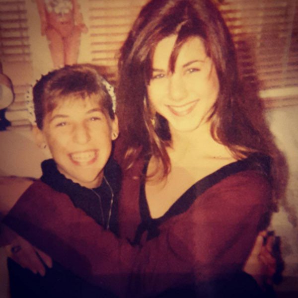 Mayim Bialik, Jennifer Aniston, Throwback
