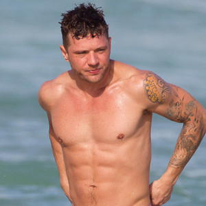 Ryan Phillippe News, Pictures, and Videos | E! News UK Ryan Phillippe