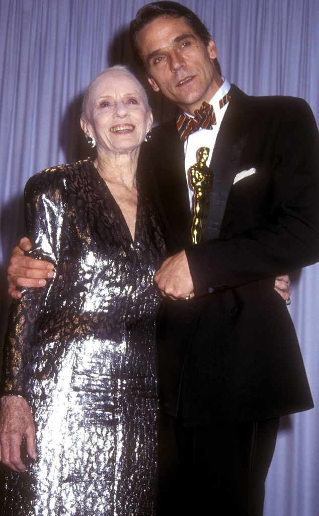 Jessica Tandy From 50 Years Of Oscar Dresses Best Actress
