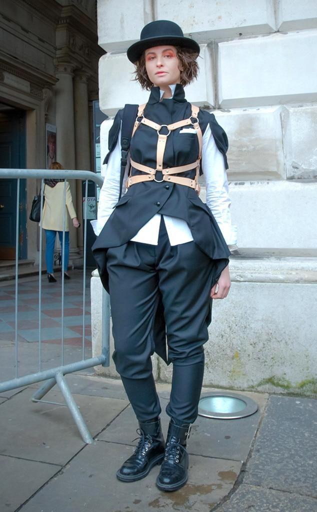 Doruntina Azemi From Street Style At London Fashion Week Fall 2015 E News