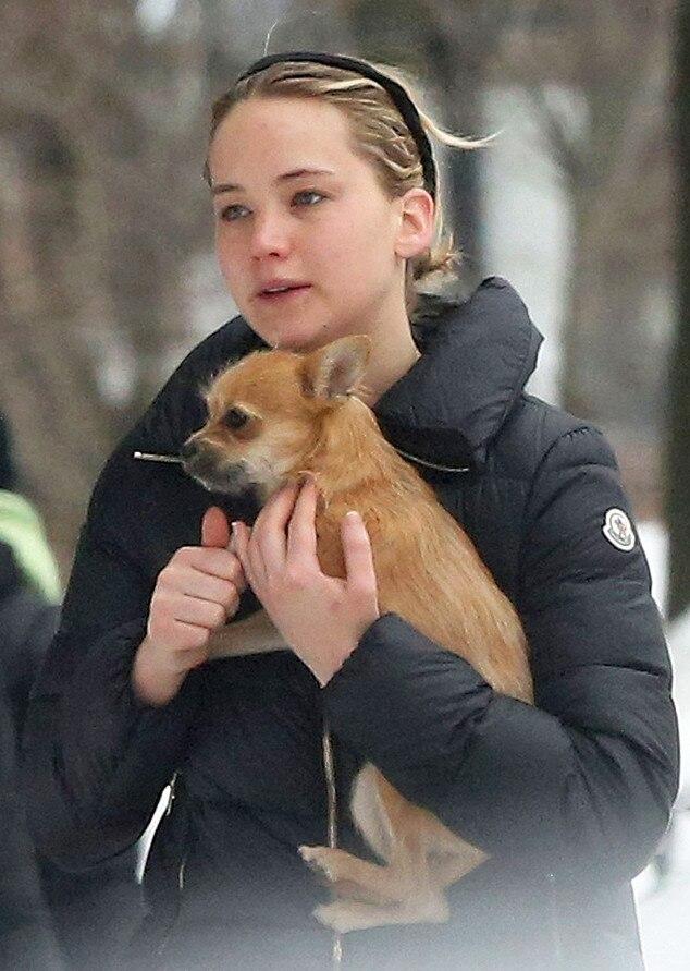 Jennifer Lawrence Holding Baby Makeup-Free Jen...